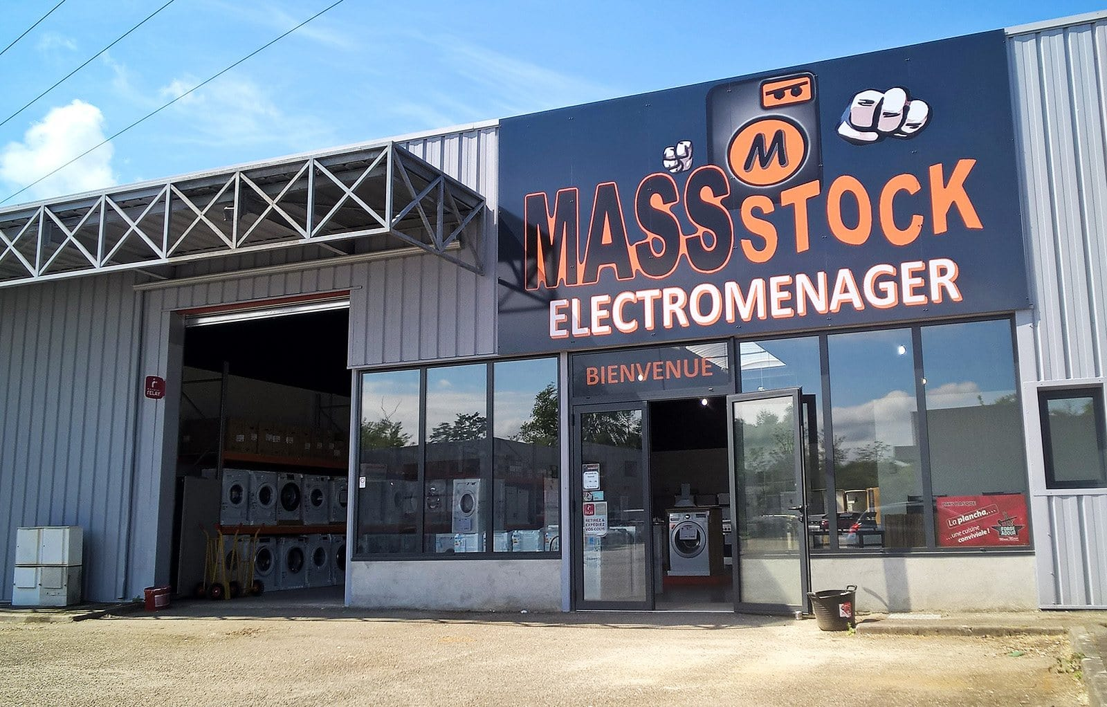 mass stock magasin d 39 lectrom nager discount sur bordeaux. Black Bedroom Furniture Sets. Home Design Ideas